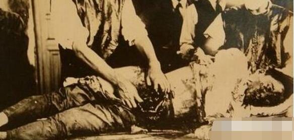 揭秘残暴日军活体解剖苏联美女间谍 惨无人道 灭绝人性 组图