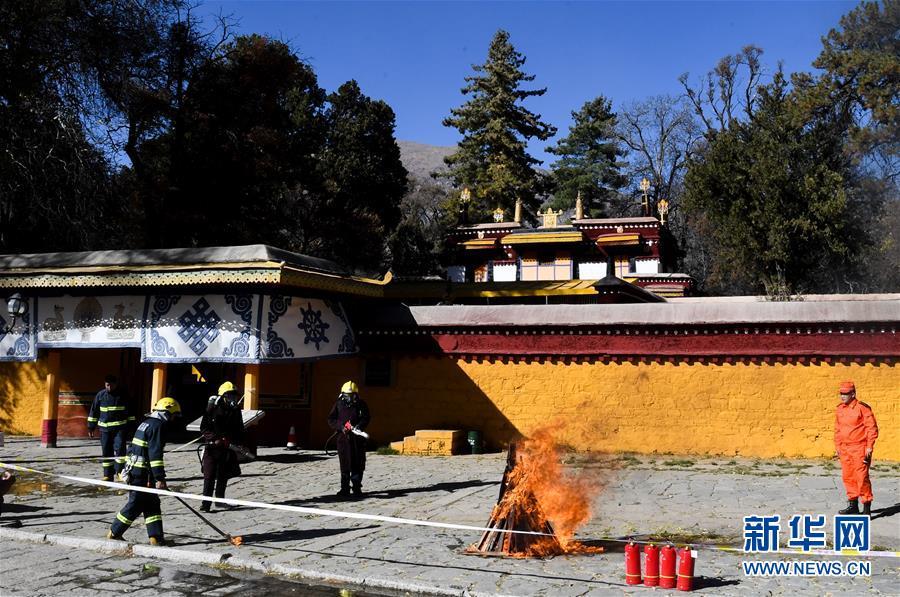 """(社會)(2)西藏:築牢文物建築""""防火牆"""""""