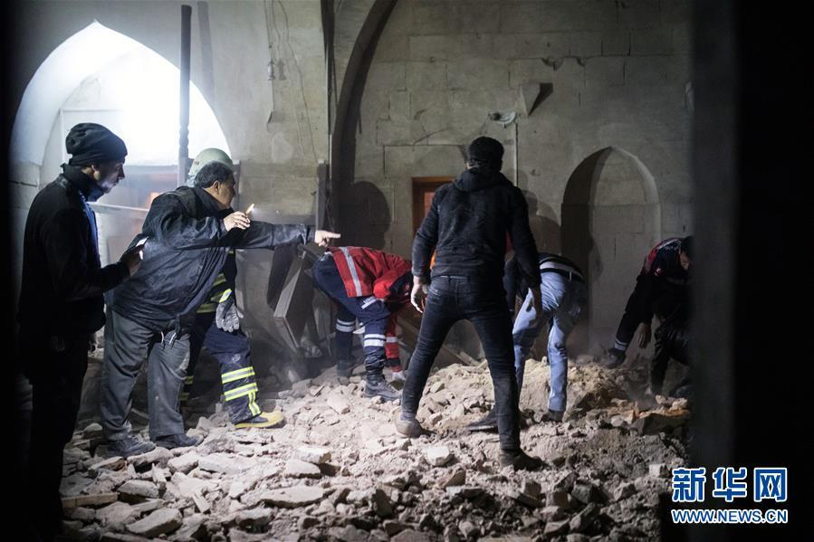 (國際)(1)土耳其邊境城市遭火箭彈襲擊2死多傷