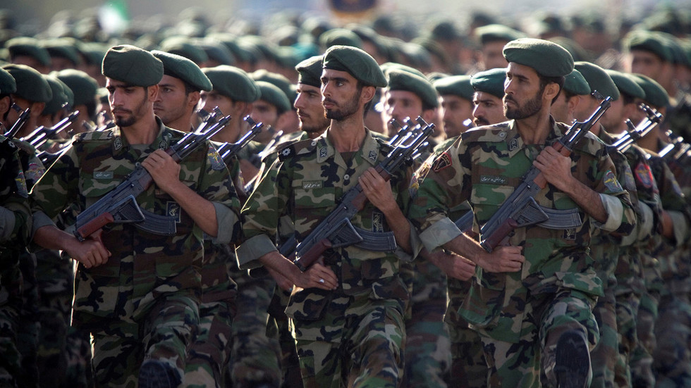 伊朗人与兽_德黑兰无视美方制裁威胁,最高领导人哈梅内伊(ali khamenei)誓言伊朗